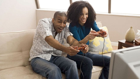 man-and-woman-gaming